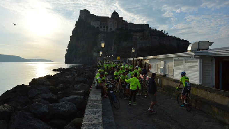 Ischia 100 cycling race start