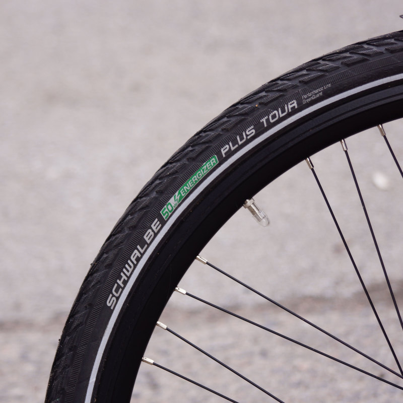 Schwalbe Energizer Tour Plus bicycle tire